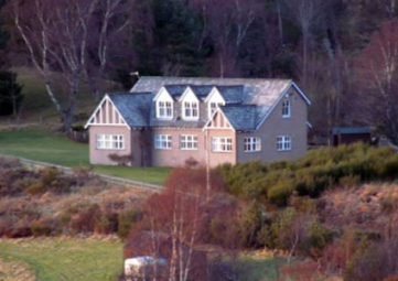 Castlehill Holiday Home